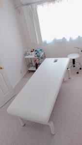 白を基調とした、清潔感ある空間です