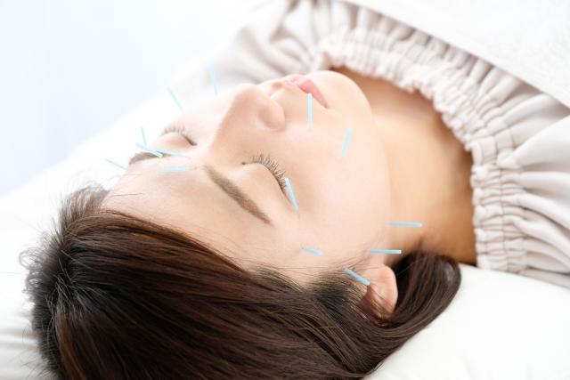 血行を促し自律神経を整える施術で肌の内側から改善します