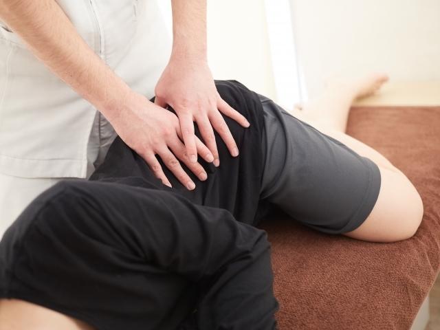 骨盤や背骨の歪みを整える施術で痛みや不調を改善します