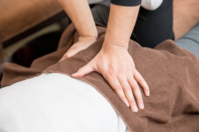 筋肉の緊張を解消する施術で再発しにくい身体へと導きます