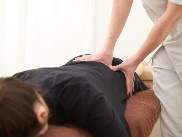 身体全体の歪みを整える施術で根本原因から改善します